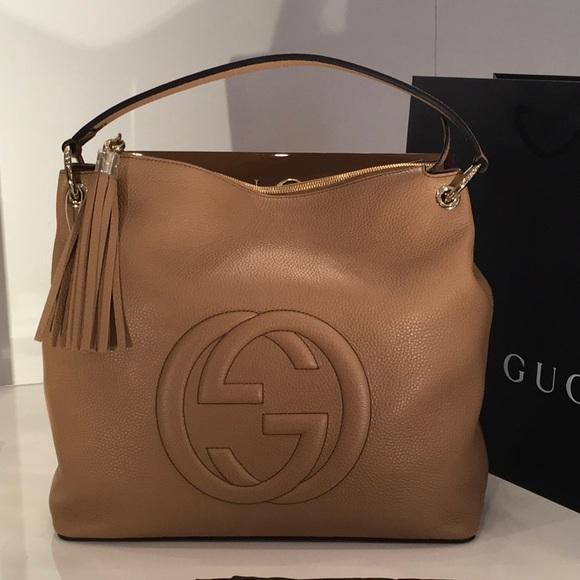 d494eec18be Gucci Women s Camelia Beige GG Soho Handbag 536194
